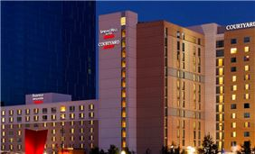 Marriott Indy Place Springhill Suites Exterior